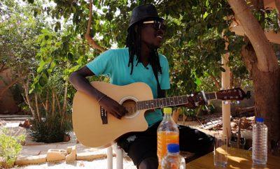 Eyti Roots la voix de Toubab Dialaw «joli village de pêcheur adossé à des falaises ocre»